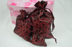 Beautiful Calico Drawstring Bag for Gift Packaging