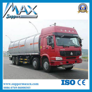 China 10- 60cbm Oil Tank Truck Sinotruk Petroleum Fuel Tanker Truck pictures & photos