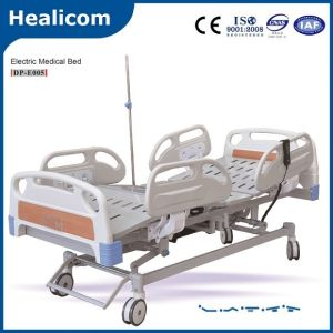Five Function Electric Hospital Medical Bed (DP-E005) pictures & photos