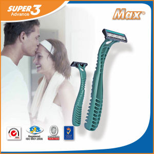 Stainless Steel Triple Blade Shaving Plastic Disposable Shaving Razor (LA-8415) pictures & photos