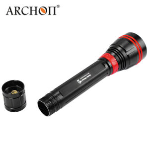 High Quality 4, 000lumens IP68 LED Diving Aluminum Torch Wy08 pictures & photos