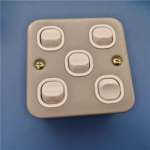 UK Style 5 Gang Wall Switch (W-076) pictures & photos
