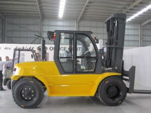 9 Ton Heavy Duty Diesel Forklift Capacity 9000kgs Forklift pictures & photos
