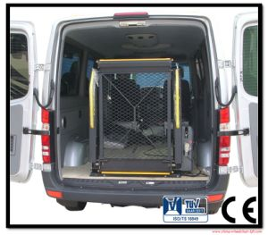 Wl-D Electric Wheelchair Lift for Van and Minibus with CE Certificate Can Load 350kg pictures & photos
