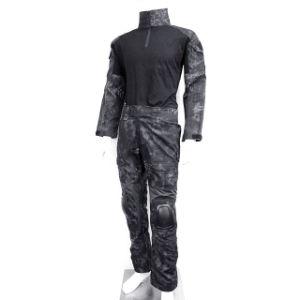 Tactical Combat Uniform Shirt and Pants Suit with Pads Version pictures & photos