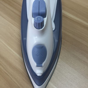 Multifunction Self-Cleaning Steam Electric Iron pictures & photos