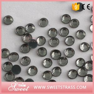 Supply Cheap Price China a Crystal Hotfix Rhinestone with Glue pictures & photos