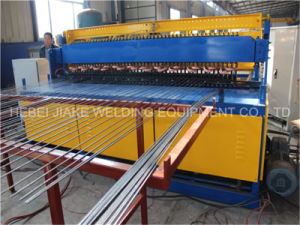 China CNC Welded Wire Mesh Fence Gride Machine pictures & photos