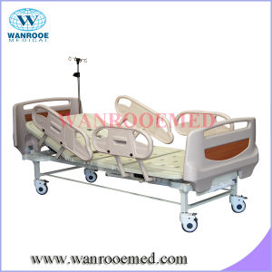 Bam208mc Best Selling Four Sections Two Cranks Manual Hospital Bed pictures & photos