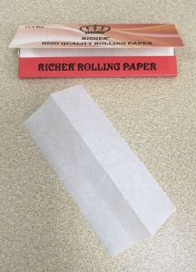 King Size 1.25 Size King Size Ultra Slim Cigarette Paper pictures & photos