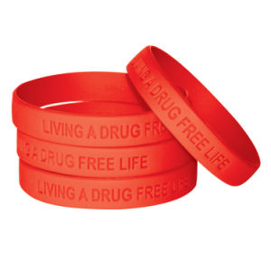 Promotional Wholesale Colorful Logo Debossed Silicone Rubber Bracelet pictures & photos