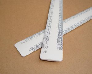 Triangular Scales for Architect/Ruler pictures & photos