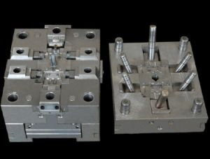 OEM Aluminum Die Casting Mould/Plastic Mold/Tooling/CNC Precision Molding Parts pictures & photos