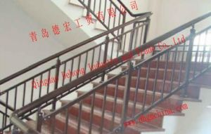 Wholesale Custom Wrought Iron or Stainless Railings pictures & photos