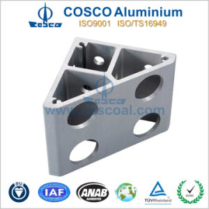 Customized Aluminum Extrusion Profile with CNC Machining (ISO9001: 2008 certificated) pictures & photos