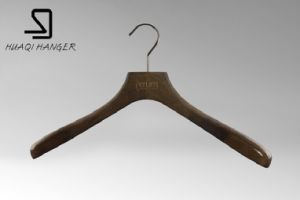 Special Cheap Wooden Clothes Hangers pictures & photos