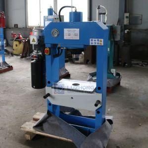Mini Small Portable 30 Ton Hydraulic Oil Press Machine (Mini Hydraulic Press HP-30) pictures & photos