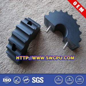 Custom Design Precision Derlin Straight Tooth Spur Plastic Gears pictures & photos