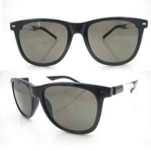 Hot Seller Wayfarar Injection PC Sunglasses pictures & photos