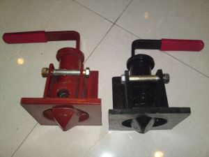 Good Price Good Quality Container Trailer Forged Twist Lock pictures & photos