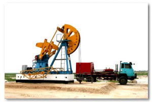 Used Flushing Truck for Oil and Gas Well Cleaning in Oil Field pictures & photos