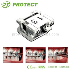 Orthodontic Self Ligating Bracket with Diversified Torque