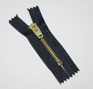 Brass Zipper for Clothing/Garment/Shoes/Bag/Case Size: 3# to 10# pictures & photos