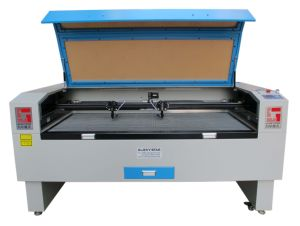 Made in China Double Laser Head Laser Cutting Machine pictures & photos