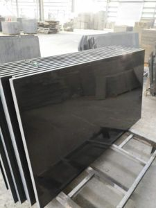 China Wholesale Bullnosed Galaxy Granite Kitchen Countertop Mongolia Black Granite pictures & photos