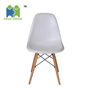 (HIGOS) Hot Selling Modern PP Material Plastic Restaurant Dining Chair pictures & photos