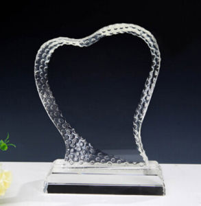 Heart Shaped Desktop Crystal Glass Trophy Award with Clock pictures & photos