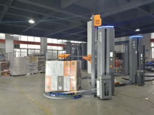 Facotry Directly Supply Pallet Wrapping Machine with Simens PLC pictures & photos