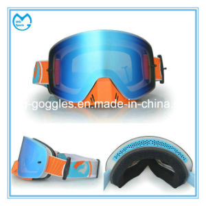 Photochromic Polarized PC Lens Skiing Safety Goggles Over Glasses pictures & photos