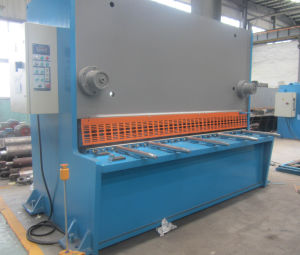 Hydraulic Guillotine Shearing Machine Sheet Metal Cutting Machineqc11y-25/2500 pictures & photos