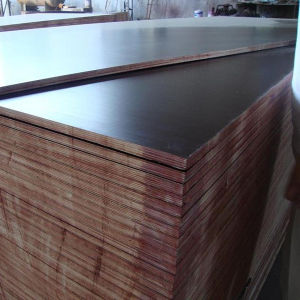 Cheap Price Brown Film Faced Shuttering Plywood for Used Outdoor pictures & photos