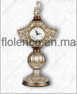 2012 Stylish Polyresin Table Clock (FL-381)