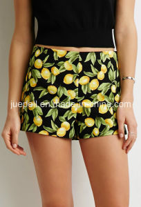 Lemon Print Concealed Side Zipper Flat Front and Pocketless Design Shorts pictures & photos