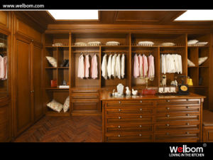 Welbom High Quality Solid Wood Wardrobe pictures & photos