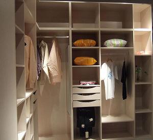Best Selling Fashion Modern Melamine Board Wardrobe with Hardwares Wardrobe Wr-11 pictures & photos