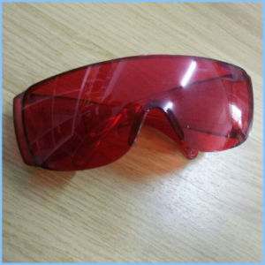 Red Color Safety Goggles for Construction pictures & photos