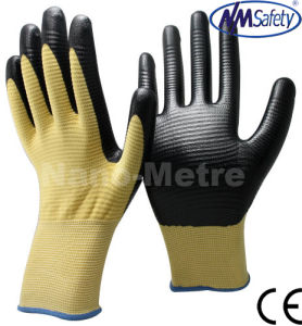 Nmsafety U3 Anti Slip Polyester Coated Nitrile Work Glove pictures & photos
