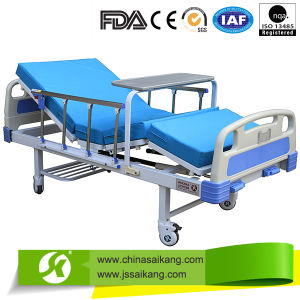 Adjustable Hydraulic Manual Hospital Bed (CE&FDA) pictures & photos