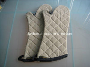 Microwave Safety Oven Mitt (SSG0403) pictures & photos