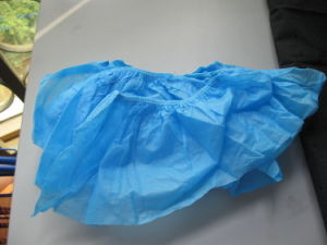Disposable Non-Woven PP/PE/CPE Shoe Cover China Factory Stock Sale pictures & photos