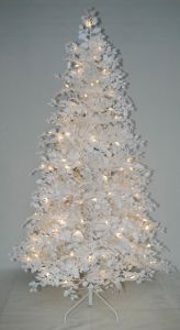 Realist Artificial Christmas Tree with String light Multi Color LED Decoration (AT2024) pictures & photos