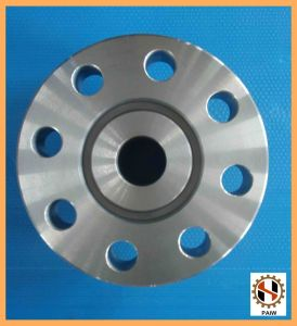 Factory Forged High Precision and High Quality 1045 Steel Flange pictures & photos