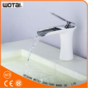 Deck Mounted White Color Single Lever Basin Faucet pictures & photos