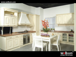 2015 [ Welbom ] PVC Classic Style Kitchen Furniture pictures & photos