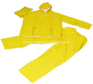 2PCS PVC Rainsuit with Elasticity Trousers R9011 pictures & photos