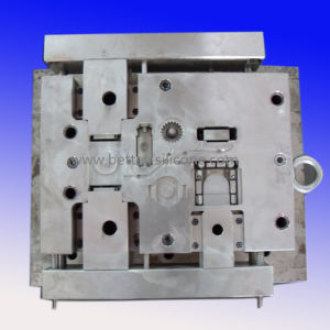 Custom Made China Precision Plastic Mold Tool pictures & photos